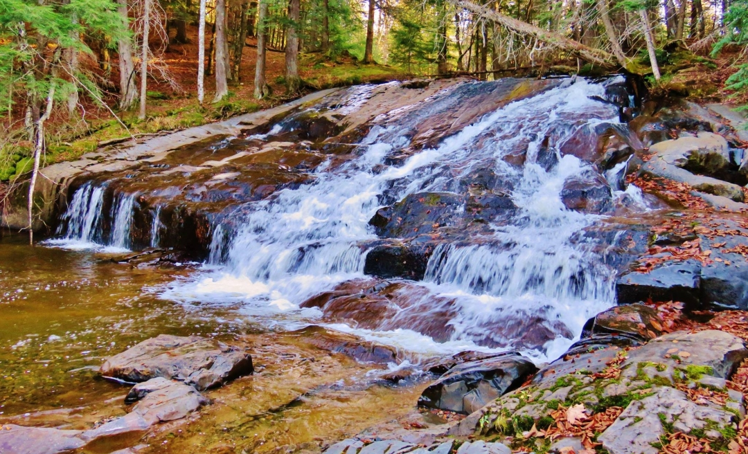 Upper Leatherby Falls